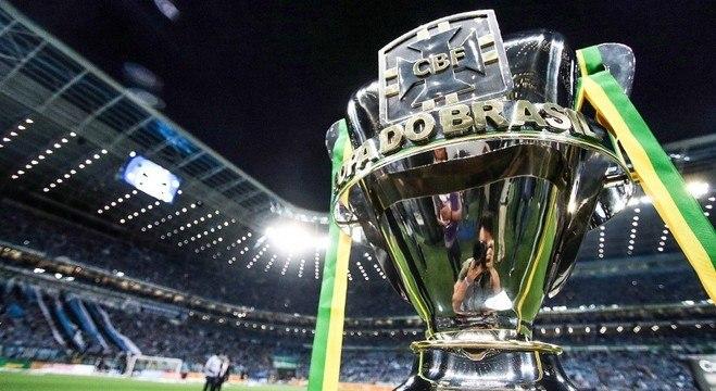 A bela taça da Copa do Brasil