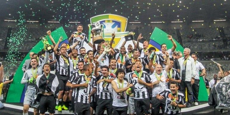 Atlético-MG - 4 títulos: um Campeonato Brasileiro, uma Copa do Brasil, uma Copa dos Campeões da Copa Brasil e uma Copa dos Campeões Estaduais