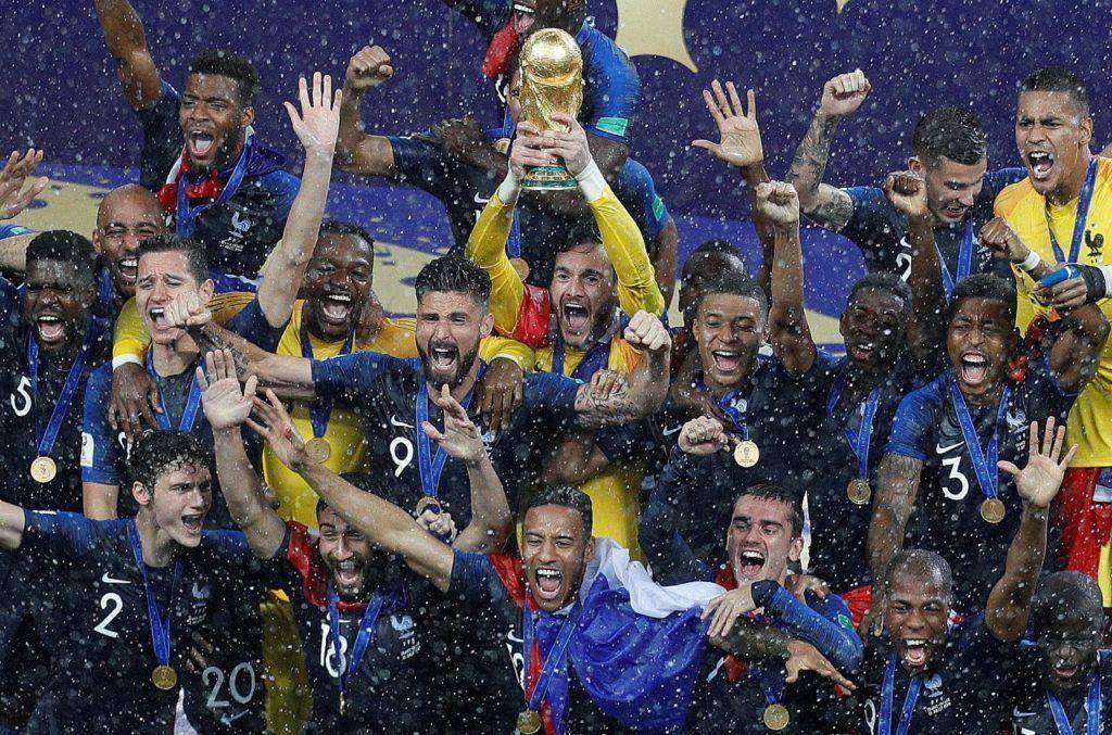 A Globo briga na justiça com a Fifa. Pode perder a Copa do Mundo do Qatar