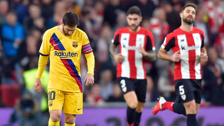 COPA DO REI - O Barcelona foi eliminado na Copa do Rei, pelo Atlético de Bilbao, ainda nas quartas de final da competição. No entanto, o fato de o Real Madrid também ter caído, diante do Real Sociedad, amenizou um pouco a crise. Quique Setién começou com o pé esquerdo.