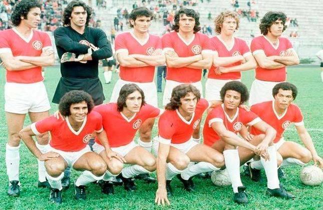 Copa Libertadores 1977 - Cruzeiro, Internacional e Portuguesa-COL: a edição de 77 teve regulamento diferente, com duas fases de grupos, sendo a segunda considerada a semifinal do torneio. Cruzeiro, Internacional e Portuguesa, da Colômbia estavam em um dos grupos semifinalistas.