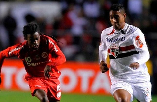 Copa Libertadores 2010 - Internacional x São Paulo: o Colorado foi pra cima do Tricolor no Beira-Rio, e com gol de Giuliano no segundo tempo, venceu o primeiro jogo por 1 a 0.