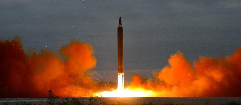 EUA e Coreia do Sul devem iniciar exercícios militares adiados
