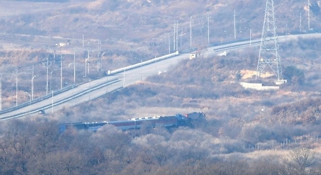 Em outubro, os dois países concordaram em reconectar ferrovias e estradas