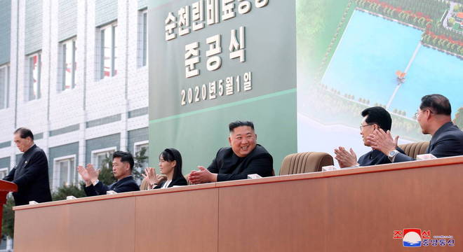 Agência norte-coreana divulgou fotos recentes de Kim Jong-un