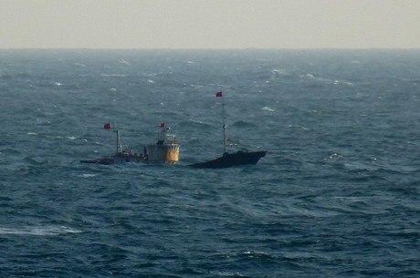 Homem foi morto em mar que divide os dois países