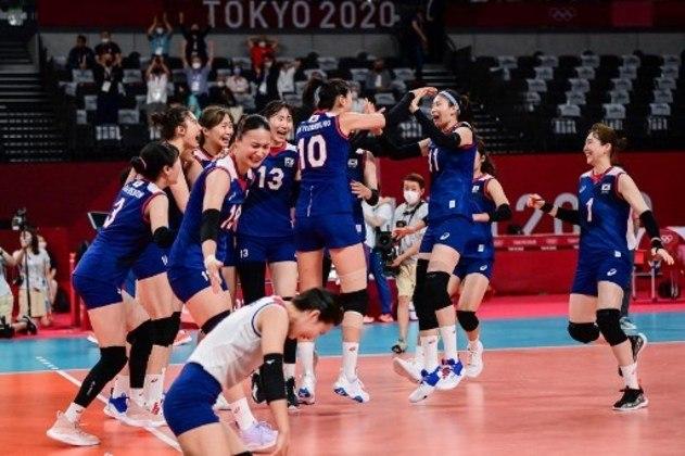 Coreia do Sul e Sérvia fazem, às 21h, a disputa da medalha de bronze no vôlei feminino.