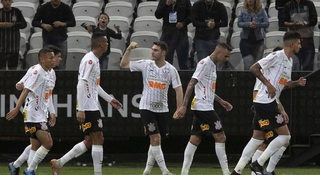 Depende da Globo, o Corinthians reduzir ou não salários