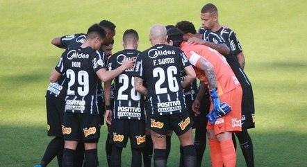 Corinthians venceu 4, empatou 6 e perdeu cinco