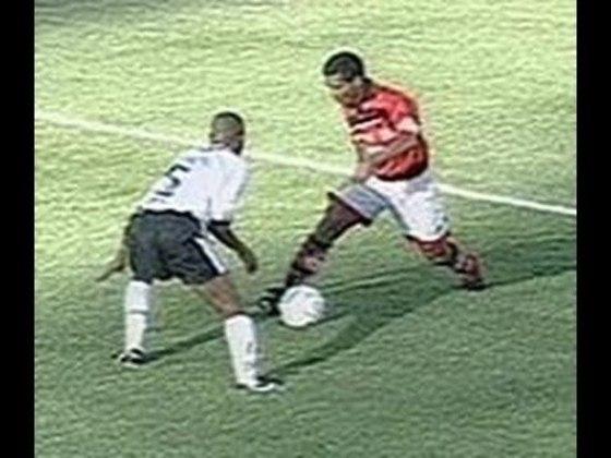Corinthians 0x3 Flamengo - 7/2/1999 - Gols de Romário (2) e Beto
