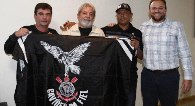 Lula nunca escondeu sua profunda ligação com o Corinthians