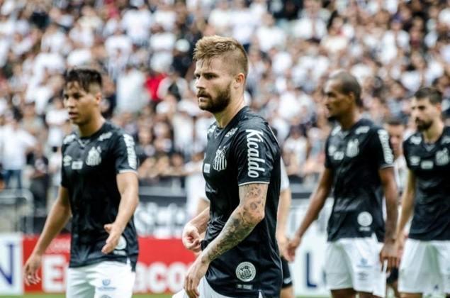 Corinthians 2 x 0 Santos: No primeiro clássico do Santos na temporada, também a primeira derrota. 2 a 0 para os donos da casa, em Itaquera, com os gols saindo no primeiro minuto no primeiro e segundo tempo.