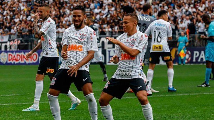 Corinthians 2 x 0 Santos (Paulistão): Cássio; Fagner, Pedro Henrique, Gil e Sidcley; Camacho (Gabriel), Cantillo, Janderson, Luan (Lucas Piton) e Everaldo (Mateus Vital); Mauro Boselli