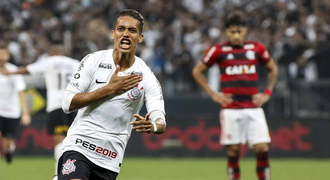 Corinthians e Flamengo, com as maiores torcidas, sempre ganhavam muito mais