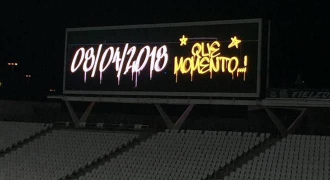 Corinthians respondeu. Lembrou do Paulista, conquistado na arena palmeirense
