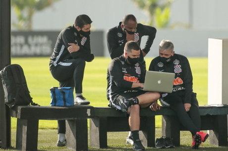 Corinthians depende de resultados de outras equipes para classificar