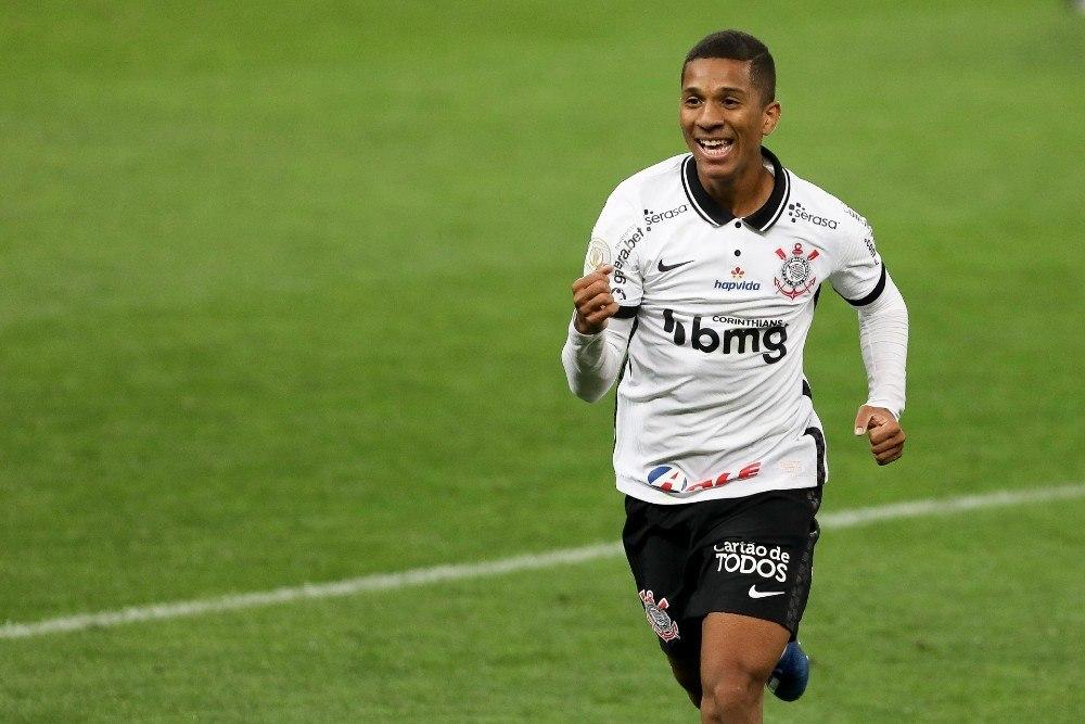 Matheus Davó. Marcou o gol na surpreendente vitória do Corinthians contra o Inter