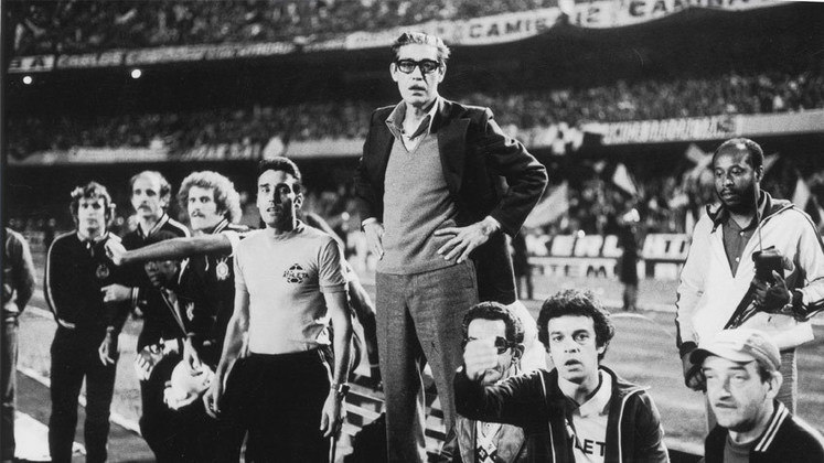 """Corinthians: Osvaldo Brandão – Ele também é o recordista do maior rival do Porco, o Corinthians. No entanto, a passagem foi um pouco mais curta. Foram """"só"""" 439 jogos à frente do Timão."""