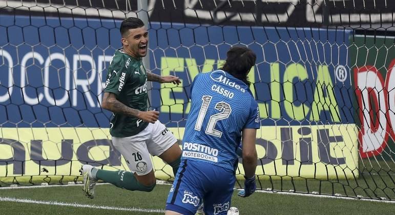 Victor Luiz. A satisfação de marcar contra o maior rival, na semifinal do Paulista