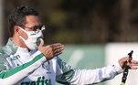 Luxemburgo tem a confiança do torcedor e da diretoria do Palmeiras, mas tem o desafio de provar que de fato o time tem um bom elenco. Ele terá de mostrar que o bom e velho Luxa, quatro vezes campeão brasileiro, está de volta e remontar o Alviverde sem o craque Dudu