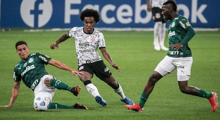 Derrota para o Corinthians aumentou série negativa do Palmeiras contra times do G6