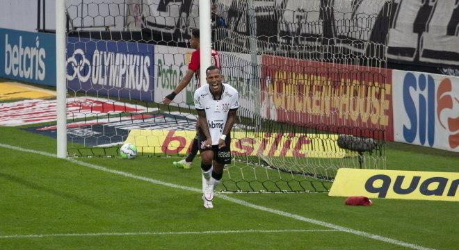 Otero comemorou muito gol feito contra o São Paulo
