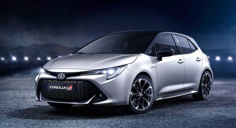 A marca confirmou que o modelo fará sua estreia mundial em meados de 2022.
