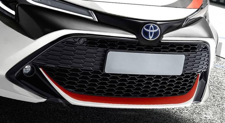 No segmento de hatches esportivos, o Corolla GR brigará diretamente com Ford Focus ST, Hyundai i30 N e Volkswagen Golf GTI