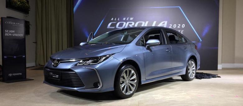 Corolla Híbrido: versão topo de linha no evento de lançamento há menos de um mês