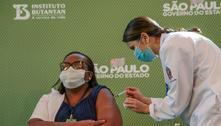 Assinatura de termo pode atrasar vacinação, diz Gonzalo Vecina