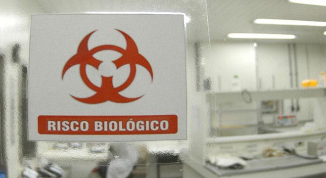 Fiocruz, no Rio de Janeiro, realiza parte dos testes de coronavírus no país