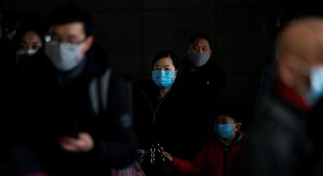 Um norte-americano de 60 anos morreu do novo coronavírus