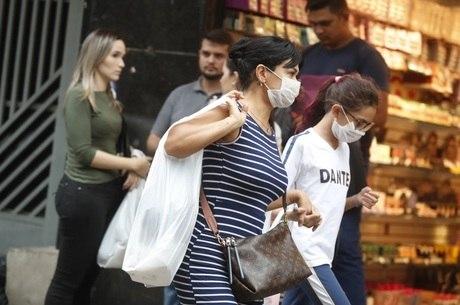 """OMS classificou situação como """"pandemia"""""""