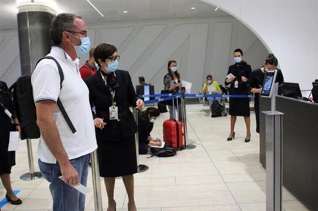 Aeroportos fechados na Itália para conter pandemia