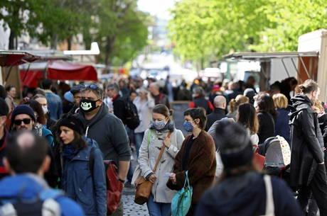 Alemanha registra mais de 2 mil casos diários