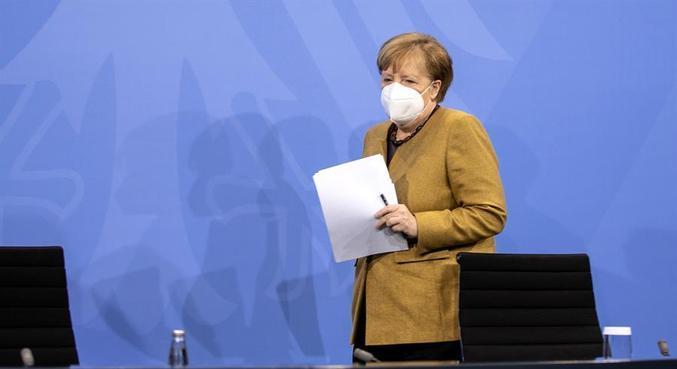 Angela Merkel anunciou que as restrições vão até o fim de janeiro