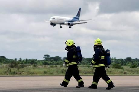 Brasil fecha fronteiras aéreas para todas as nacionalidades