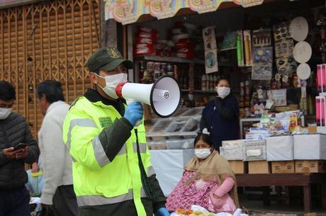 La Paz está em quarentena para deter coronavírus