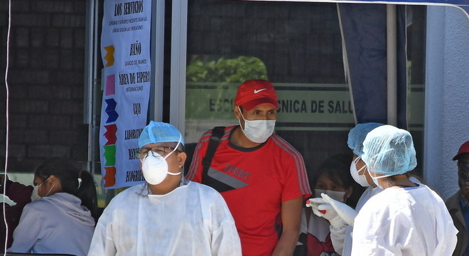 Atendimento em Cochabamba, Bolívia, é feito na Vila dos Jogos Sul-Americanos