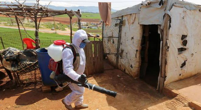 Pandemia no Líbano afetou protestos, empregos e gerou aumento de preço na comida