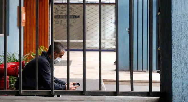 Neste sábado, 50% dos habitantes do Chile estão em isolamento