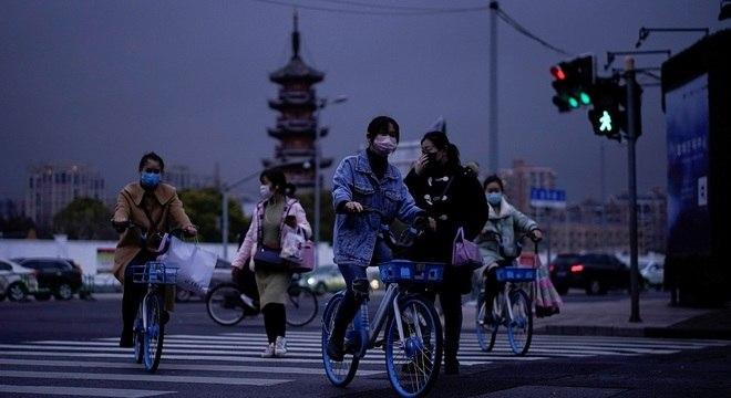 China registrou sete mortes por coronavírus nesta segunda-feira (23)