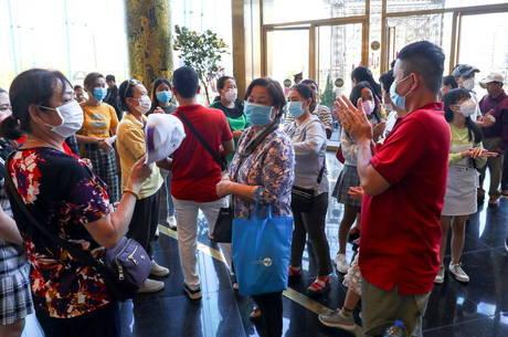 Número de novos contágios cai na China