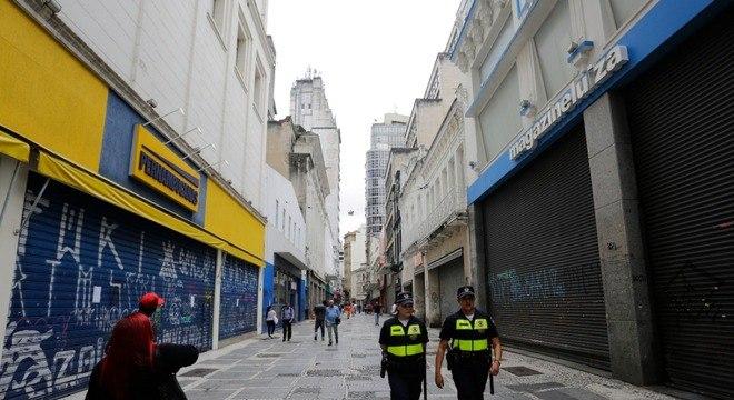 Comércio fechado na região central da cidade de São Paulo