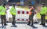Dinamarca fecha fronteiras