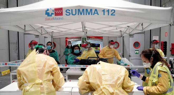 Número de mortos por coronavírus na Espanha passa de 2.100