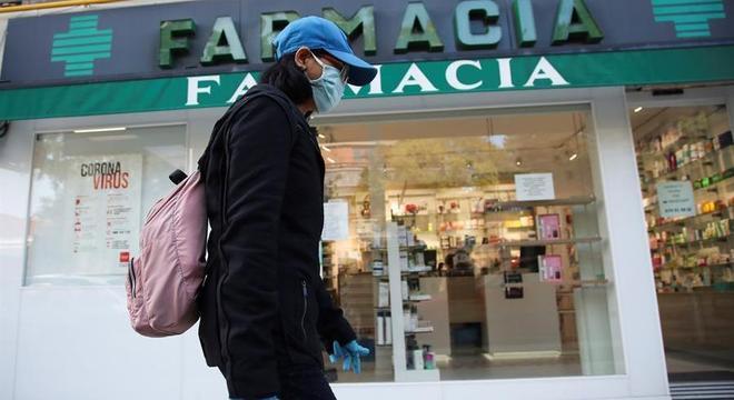 Espanha vê crescimento de novos casos de covid-19 se estabilizar na casa dos 2% ao dia