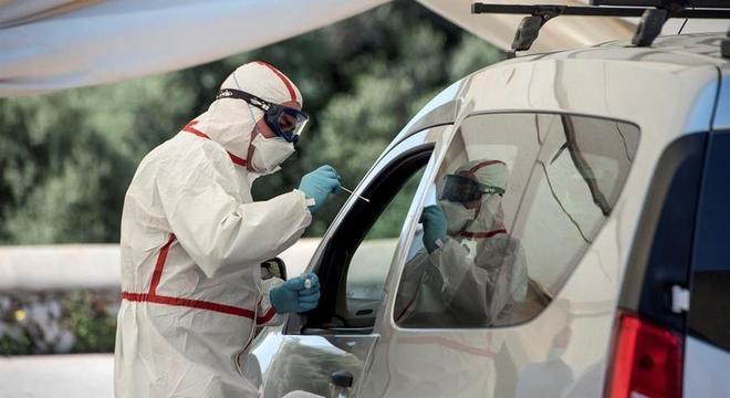 Espanha vai aumentar testes rápidos para entender circulação do coronavírus
