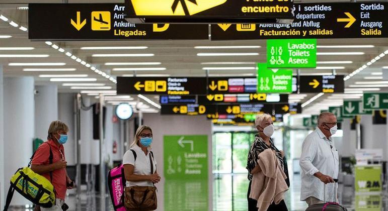 Espanha amplia restrições para voos do Brasil e 2 países