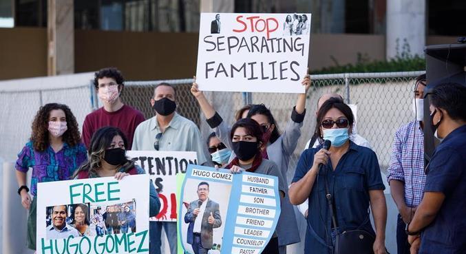 Famílias de imigrantes vêm protestando há meses contra as detenções